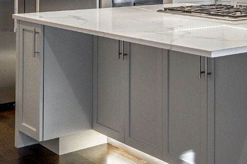 Kitchen Cabinets color White